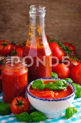 Stock photo of tomato sauce