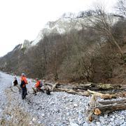 Talvi liitu kiviä ruegen talvella turisteja np Kuvituskuvat