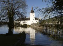 Vesi linna orth Itävalta silta linnoitus muodossa Kuvituskuvat