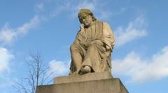 Samuel Johnson Statue Stock Footage