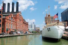 Hard Rock Cafe ja Taney rannikkovartioston aluksen Baltimore Kuvituskuvat