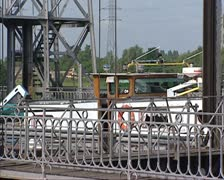 Vessel descends in boat lift Houdeng-Goegnies in Canal du Centre Stock Footage