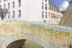 Old bridge in the french city of chartres. Stock Photos