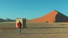 Big red dune at soussuvlei in namibian desert,africa Stock Footage