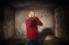 Scared man with 3d anaglyph glasses screaming Stock Photos