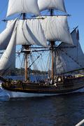 The wooden brig, lady washington, sails on lake washington  .. Stock Photos