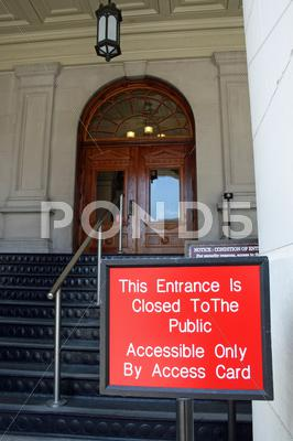 Stock photo of Restricted Access, Georgia State Capatol Entrance