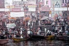 INDIA Kumbh Mela 2013 Varanasi crowd by the ganges Stock Photos