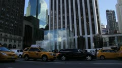 Apple flagship store, Fifth Avenue, NYC Stock Footage
