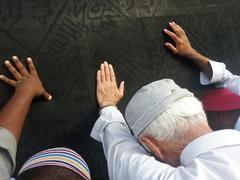 Kaaba mecca in saudi arabia and muslim pilgrims comming for hajj Stock Photos