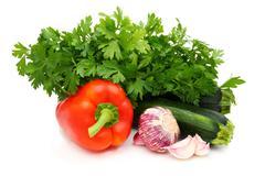 Tuoreita vihanneksia ja persilja. Kuvituskuvat
