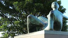Henry Moore sculpture, Art gallery NSW (DOLLY 3) Stock Footage