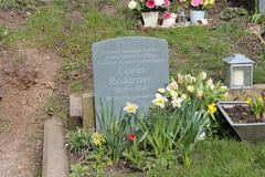 The headstone of Corin Redgrave - stock photo