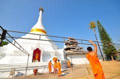 Wat prathad doi gong moo, white pagoda in maehongson, thailand. Stock Photos