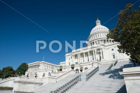 Stock photo of the us capitol