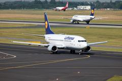 Lufthansa boeing 737-300 Stock Photos