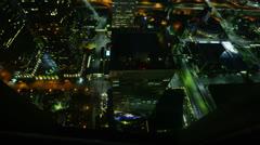 Night Kaupunkikuva Timelapse 120 Los Angeles Freeway Traffic Tilt Up 4K Arkistovideo