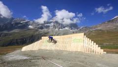 Mountain bike wallride Stock Footage