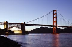 San francisco's golden gate bridge at dusk Stock Photos