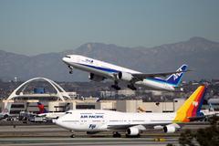 all nippon airways (ana) boeing 777-381er - stock photo
