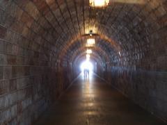 Tunnel Hitlerin Kotkanpesä Kuvituskuvat