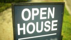 Open house sign real estate realator Stock Footage