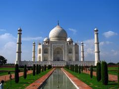 Taj mahal, the amazing mausoleum in agra (india), one of the highlights of wo Stock Photos