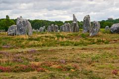 Prehistoric megalithic menhirs alignment in carnac, brittany, fr Stock Photos