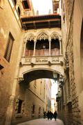barcelona: neogothic bridge at carrer del bisbe (bishop street), near placa d - stock photo