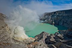 Kawah ijen volcano, java, indonesia Stock Photos