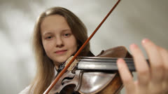 Teenager violinist Stock Footage