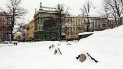 City park near the famous store Kupetzs Eliseevs in St. Petersburg Stock Footage