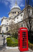 St. Paul's Cathedral and Red Telephone Box in London Stock Photos