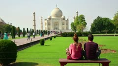 Caucasian Tourist Couple Traveling India, Looking Taj Mahal Stock Footage