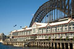 luxury hotel & sydney harbour bridge - stock photo