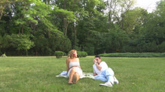 Young lovers in the park Stock Footage