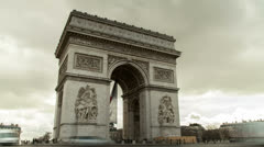 The triumphal arch of paris Stock Footage