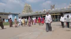 India Tamil Nadu Kanchipuram Ekambareswarar crowd at entrance Stock Footage