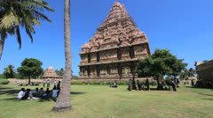 India Tamil Nadu Gangaikonda gopuram and palm tree 1 Stock Footage