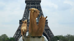 Bronze animal statues with eiffel tower behind, paris Stock Footage