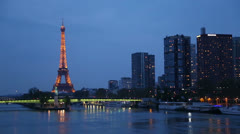 Eiffel tower at twilight, paris, france Stock Footage