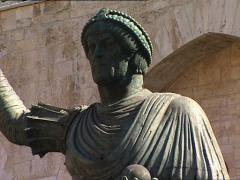 BARLETTA Colossus bronze statue tilt Stock Footage