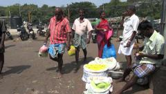 India Madurai flower market s Stock Footage