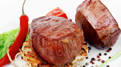 Grilled beef fillet medallions Stock Footage