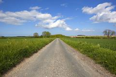 Yorkshire wolds road Stock Photos
