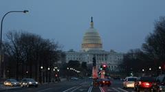 Pennsylvania Avenue, US Capitol Building, Washington DC, kongressi, Dusk Arkistovideo