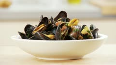 Mussels in a wine broth Stock Footage