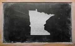 Outline map of us state of minnesota on blackboard Stock Photos