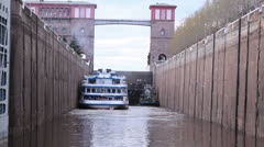Boat in the lock. Stock Footage