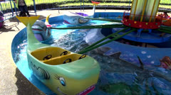 Huvipuisto ratsastaa, lapset, lapset, Fun Arkistovideo